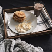 from my own kitchen: banana pancakes