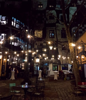 @Hundertwasserhaus