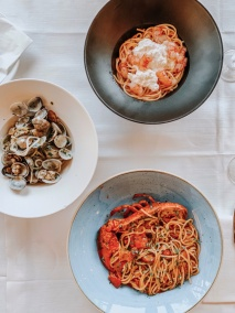 those famous various seafood pastas